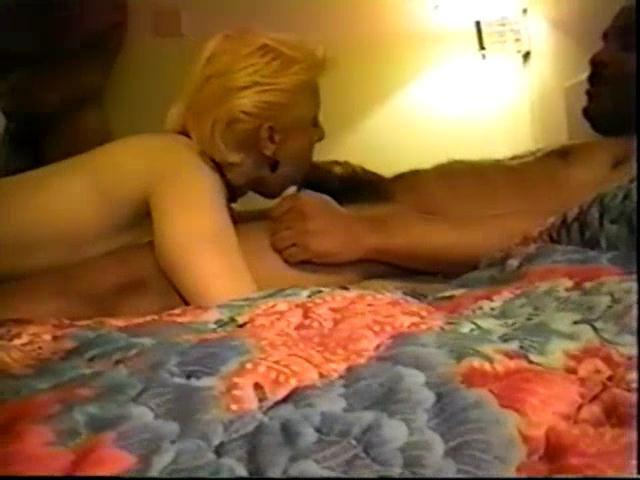 College party turns into lesbian sex